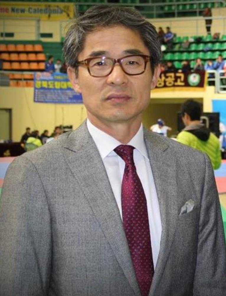 Kook Hyun Jung